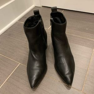 Saks brand leather ankle boots size 10
